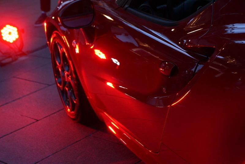 Alfa Romeo 4C アルファロメオ007.jpg