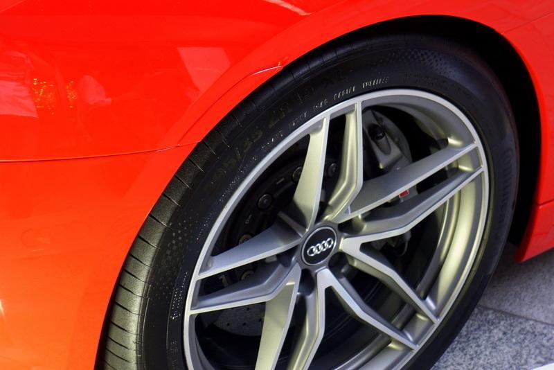 Audi R8 アウディ 表参道ヒルズ0010.jpg