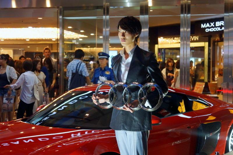 Audi R8 アウディ 表参道ヒルズ0015.jpg