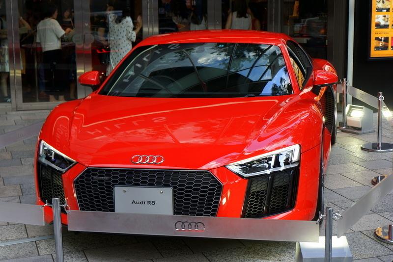 Audi R8 アウディ 表参道ヒルズ002.jpg