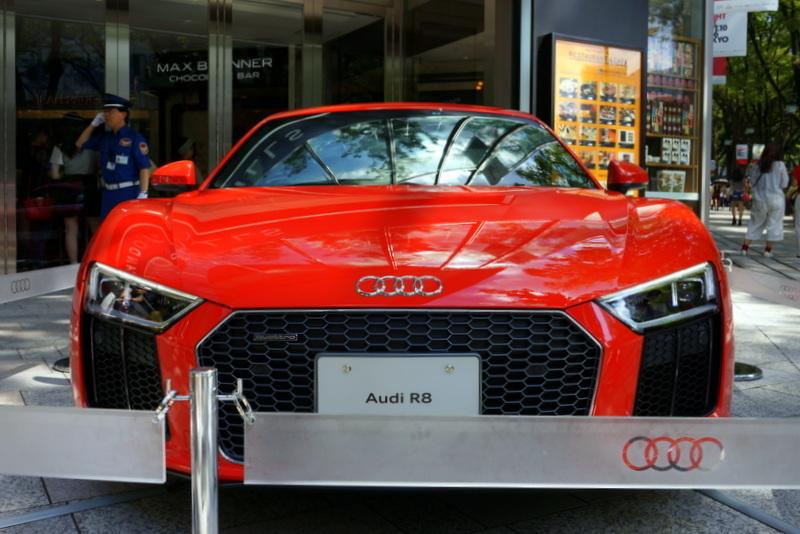 Audi R8 アウディ 表参道ヒルズ004.jpg