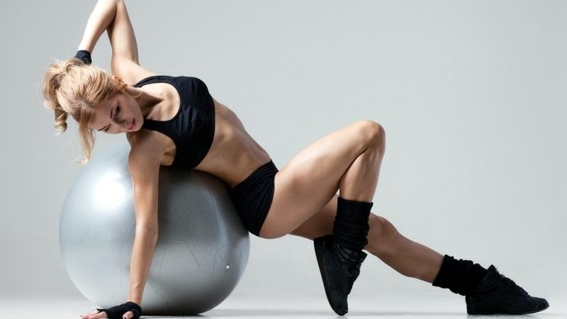 Beautiful-Fitness-Girl-Wallpaper.jpg
