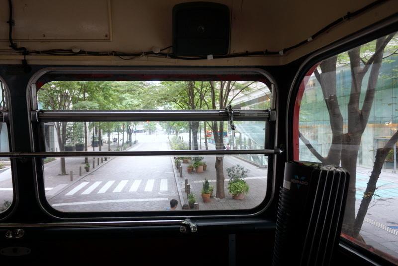 アフタヌーンティーロンドンバス005.jpg
