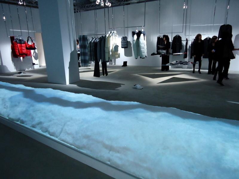 FNOファッションズ・ナイト・アウト2011CKカルバンクライン003.jpg