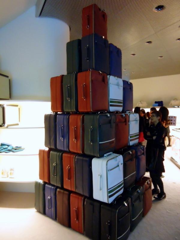 FNOファッションズ・ナイト・アウト2011プラダ0011.jpg