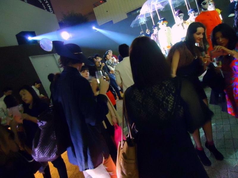 FNOファッションズ・ナイト・アウト2011プラダ0019.jpg