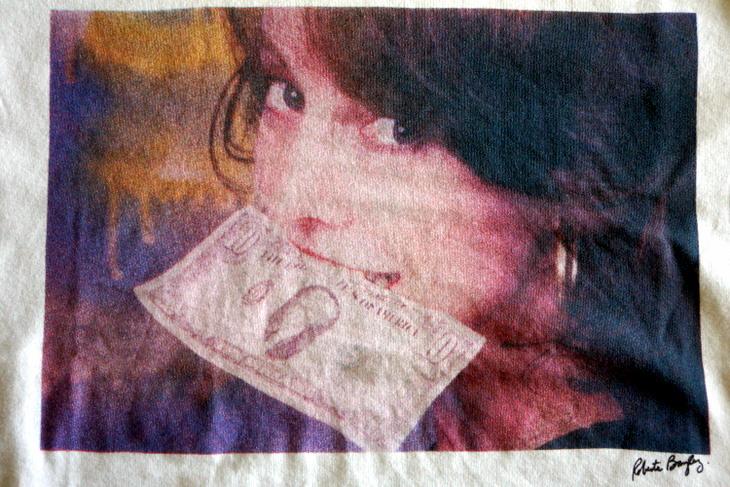 HARE(ハレ)Roberta Bayley(ロベルタ・ベイリー)コラボ・プリントTシャツ006